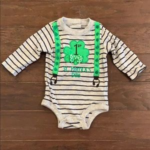3 items/ $15 - St. Patrick's Day Bodysuit Onesie